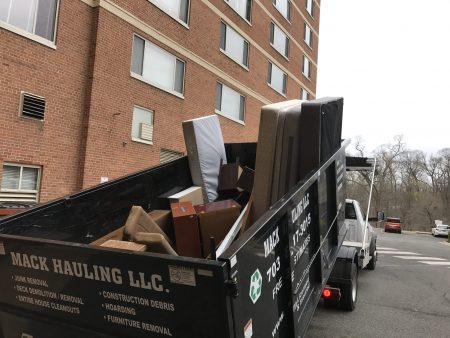 junk hauling dc apartment